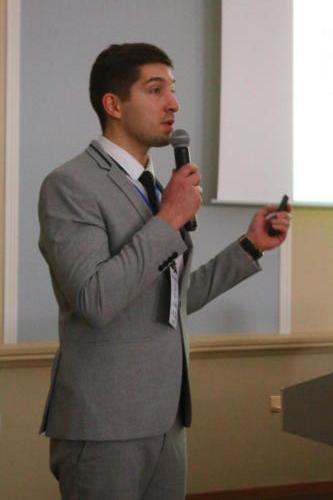 Максим Викторович Абрамов на пленарном заседании